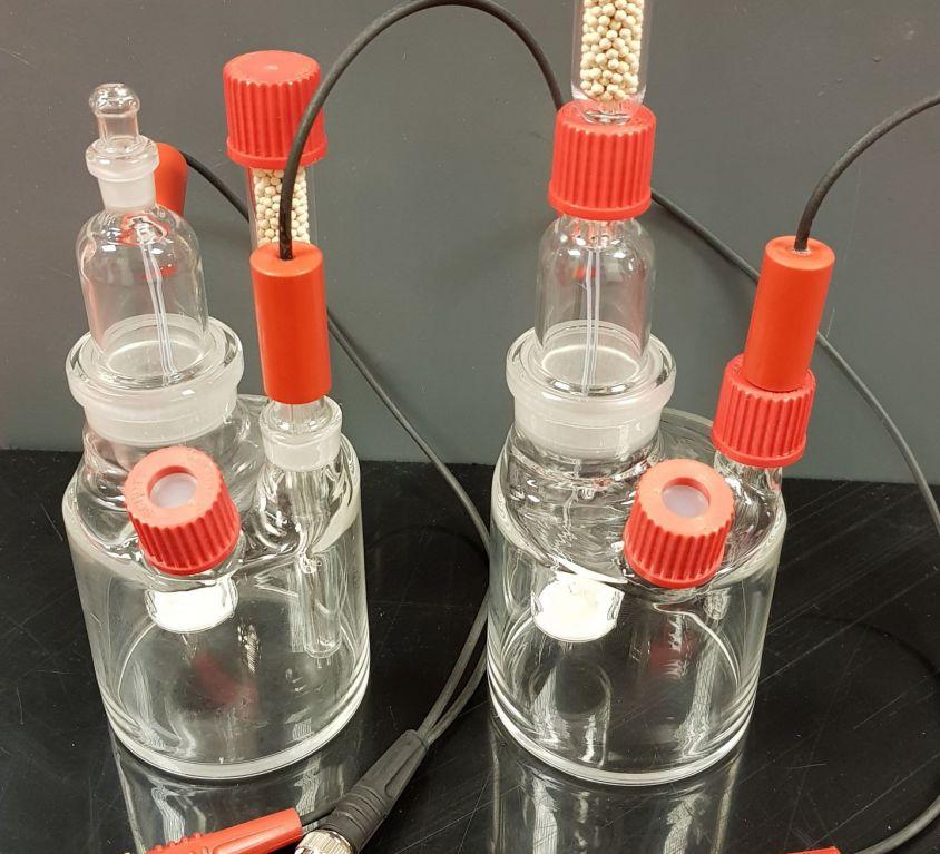 Aquatest 2010 and 1010 glassware